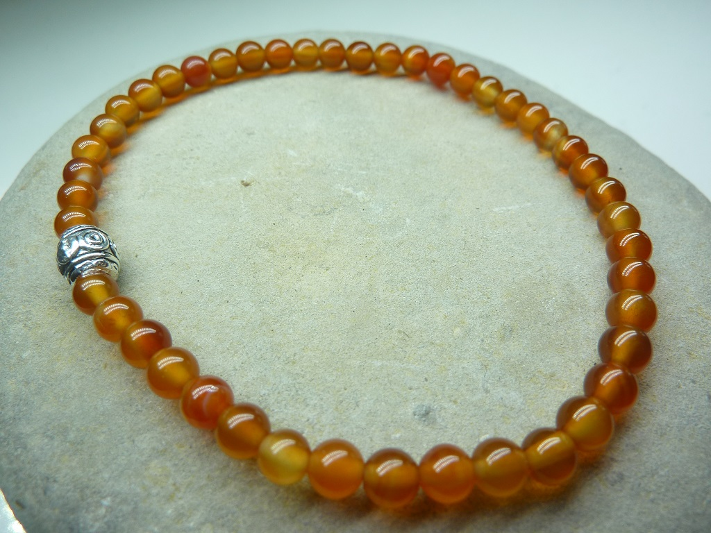Bracelet Cornaline en perles rondes 4 mm