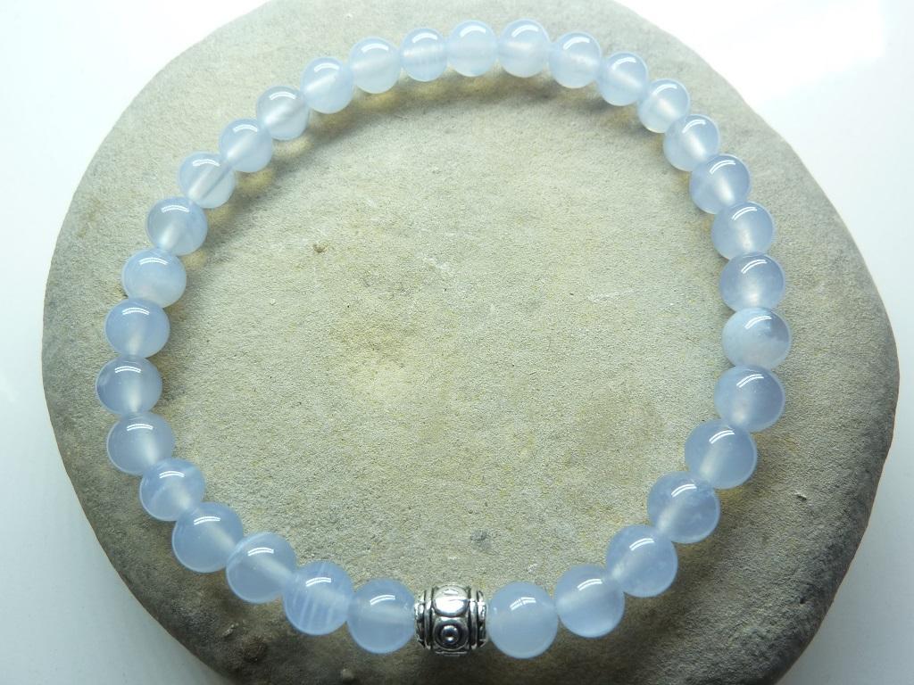 Bracelet Calcédoine bleue en perles rondes 6 mm