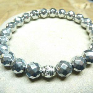 Bracelet Hématite - Perles à facettes 8 mm