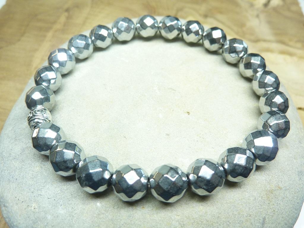 Bracelet Hématite en perles à facettes 8 mm