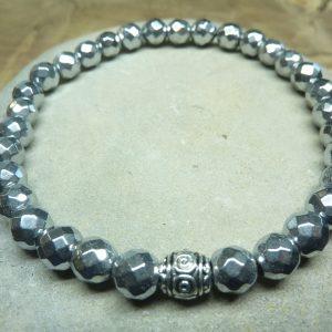 Bracelet Hématite - Perles à facettes 6 mm