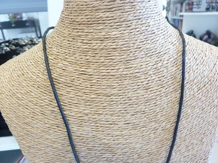 Collier cordon coton avec fermoir chaine réglable de 58 à 62 cm