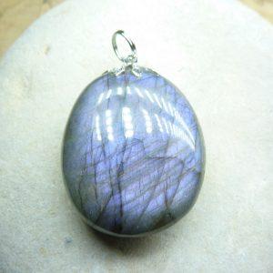 Pendentif Labradorite violet 20,4 gr ref 0123