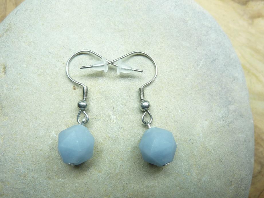 Boucles d'oreilles Angélite - Perles à facettes 10 mm