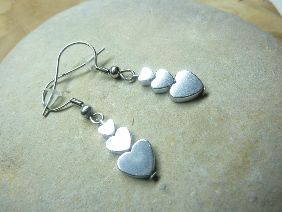 Boucles d'oreilles Hématite en coeur