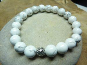 Bracelet Howlite - perles rondes 8 mm