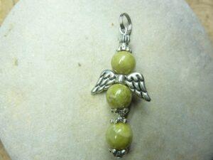 Pendentif Péridot-Ange-croix - Perles rondes 8 mm