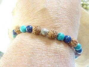 Bracelet Turquoise-Lapis lazuli-Rudraksha perles rondes 8-6 mm