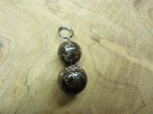 Pendentif Biotite mica-Bouddha - Perles rondes 12-10 mm